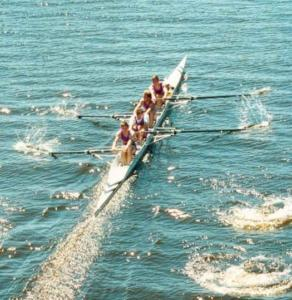 1990- Mens Intermediate 4+ Winners - Heading for the Line